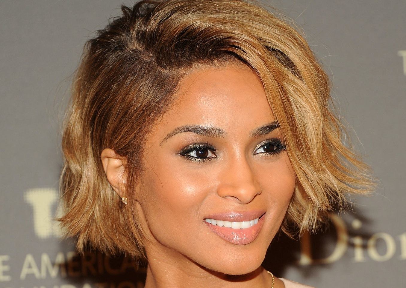 Stupendous 12 Must See Ombre Hair Color Shades Amp Hairstyles Hairstylo Short Hairstyles For Black Women Fulllsitofus