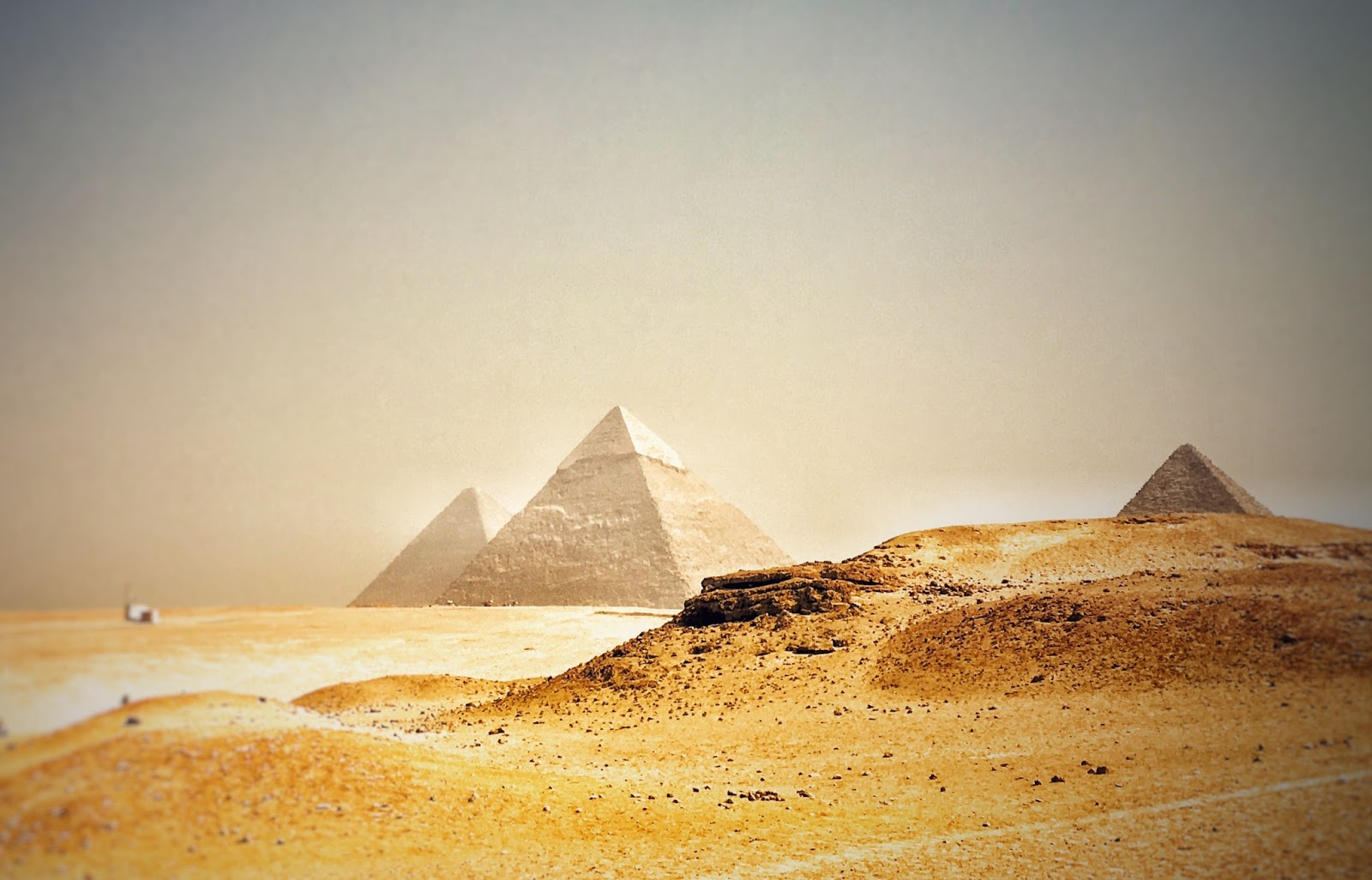 What is interesting in Egypt 64