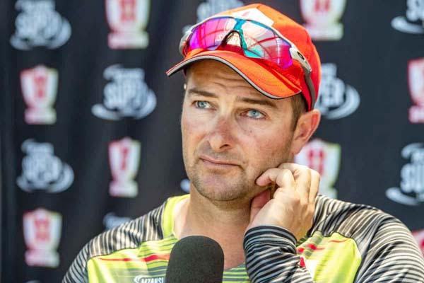 टी20 विश्व कप में डिविलियर्स को मिल सकता है अवसर : कोच