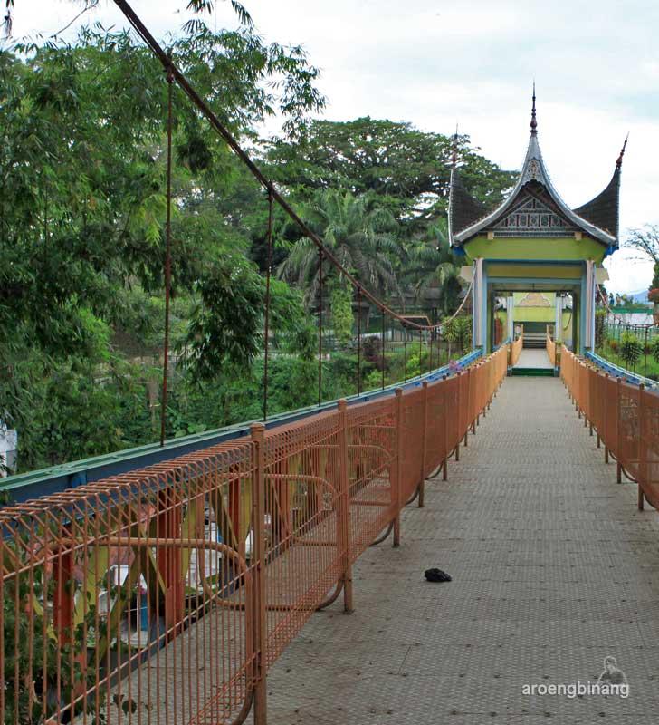 jembatan limpapeh bukittinggi