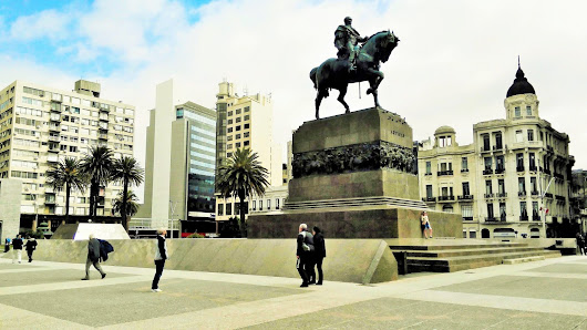 Hola Uruguay! Part 2: The Streets are Alive