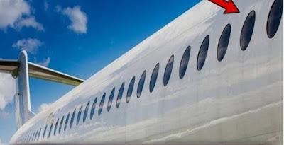 Bentuk jendela pesawat terbang