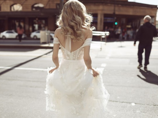 ➳ DECADENT DAYDREAMS WEDDING GOWNS | CALÉCHE BRIDAL INTERVIEW {ADELAIDE}