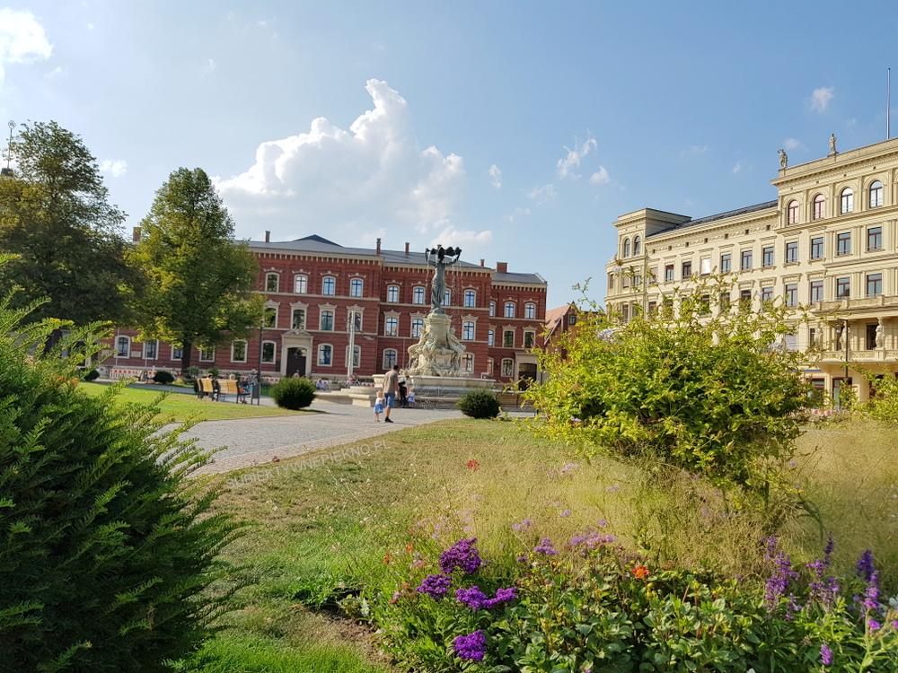 Co zobaczyć w Goerlitz? Plac Pocztowy i Sąd