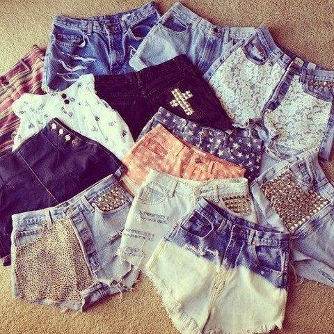 tachas; shorts;jeans