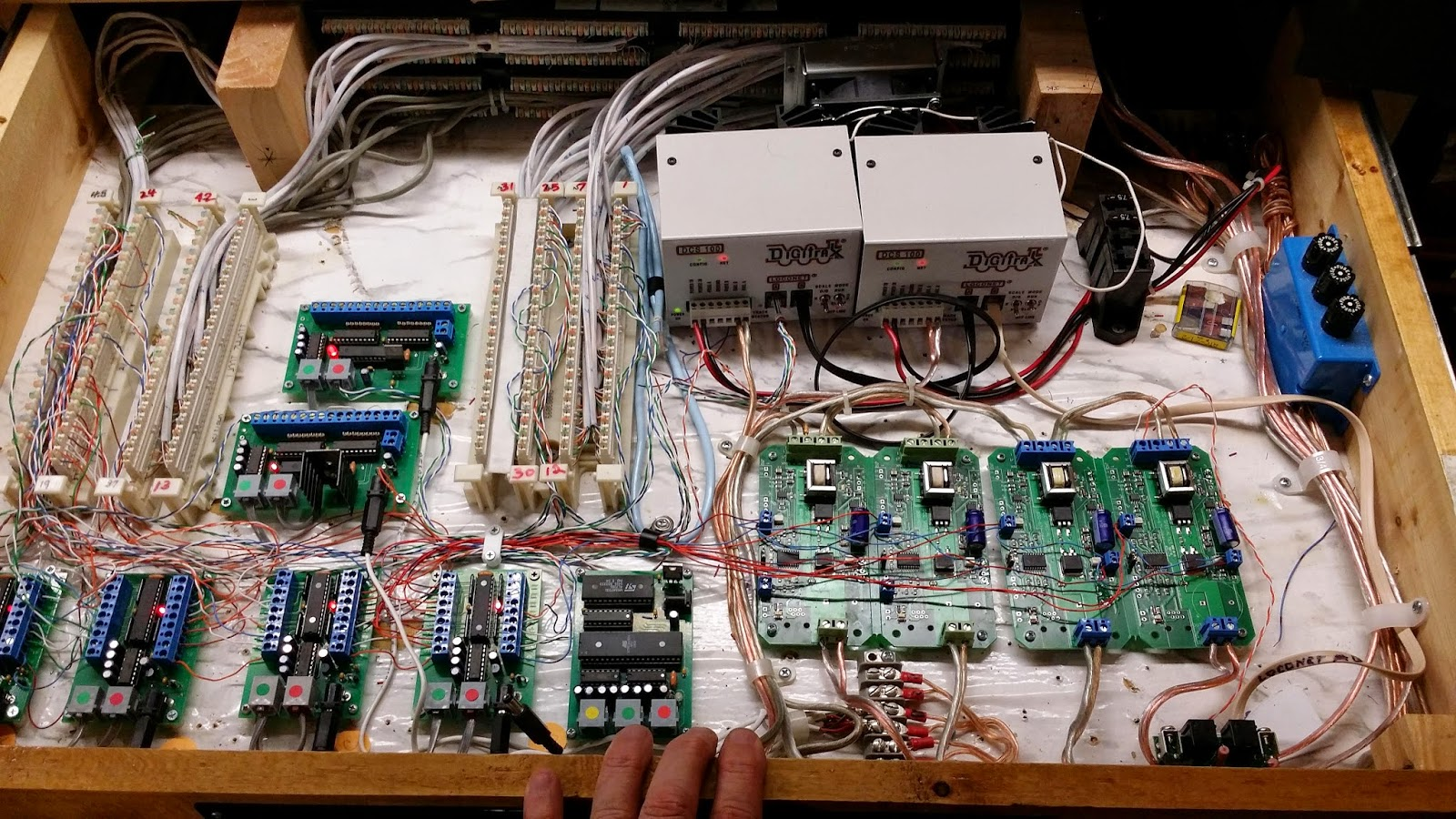 small resolution of digitrax wiring schematic for