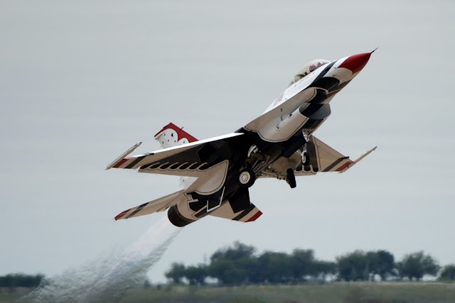 USAF Thunderbirds F-16 crash Nellis
