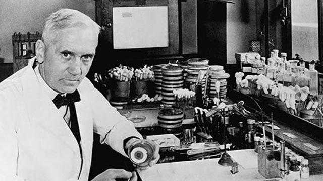 Sir Alexander Fleming : Penemu Penisilin