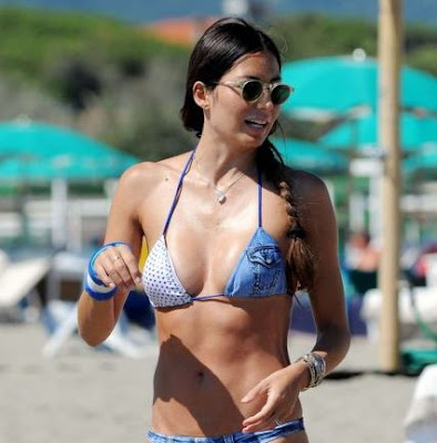 Elisabetta Gregoraci in Bikini at the beach in Forte dei Marmi