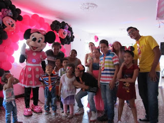 recreacionistas-medellin-minnie-y-mickey-mouse-bonitos-7