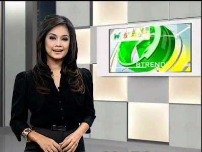 Presenter Nira Stania