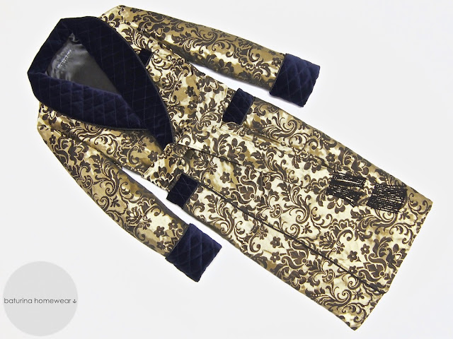 Mens warm quilted paisley silk dressing gown brocade robe gentlemans vintage housecoat