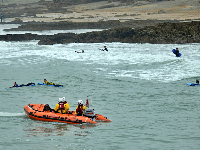 RNLI doing a rescue at Bude
