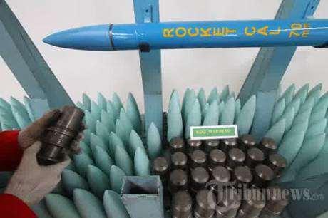 Gambar kepala roket canggih buatan Indonesia-smoke warhead