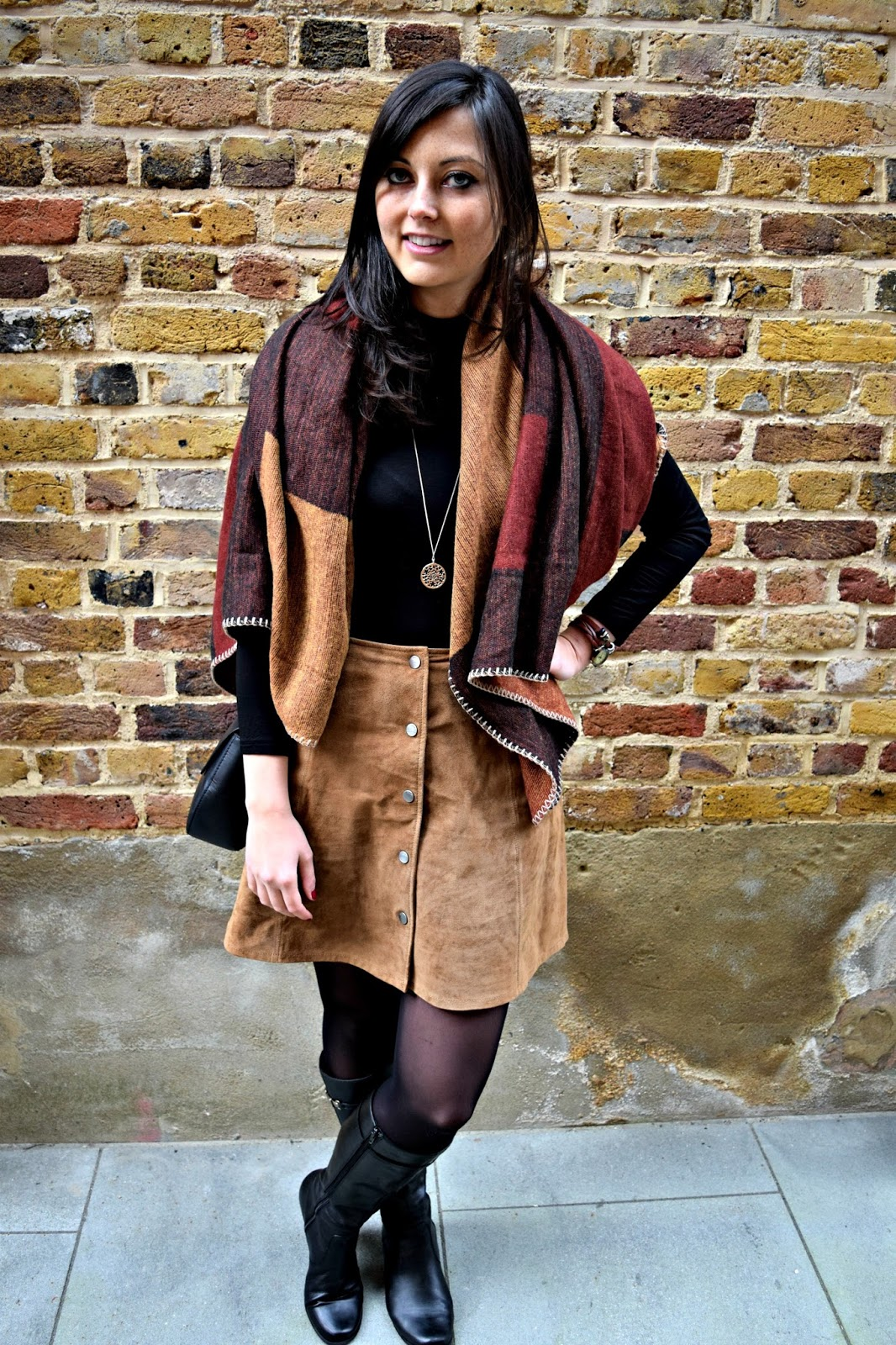 OOTD Fashion Post Including a boho look and leather skirt