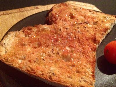 Tostadas con tomate y café en mi taza de Batman ¡la de Neupic! - Batman - Neupic - Receta - el gastrónomo - el troblogdita - ÁlvaroGP