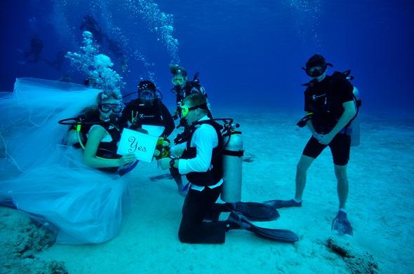 Una boda bajo el mar - Foto: www.creatuestilo.com
