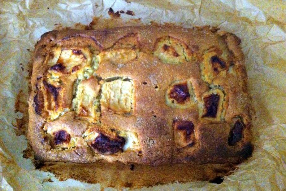 Best Ever Dorset Apple Cake Recipe