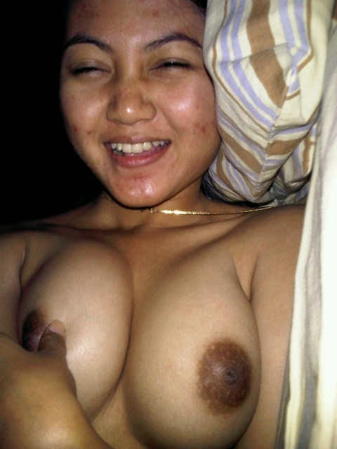 Indonesia girl nude big tit