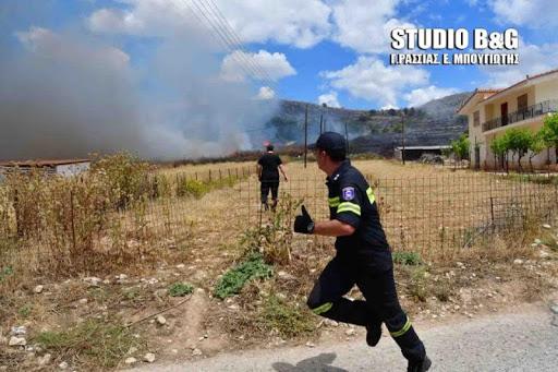 Φωτιά μέσα στο στρατόπεδο του Ναυπλίου