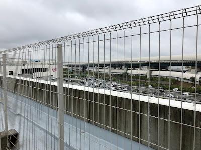 イオンモール四條畷ウォーキング 屋上駐車場からの眺め 第二京阪道路