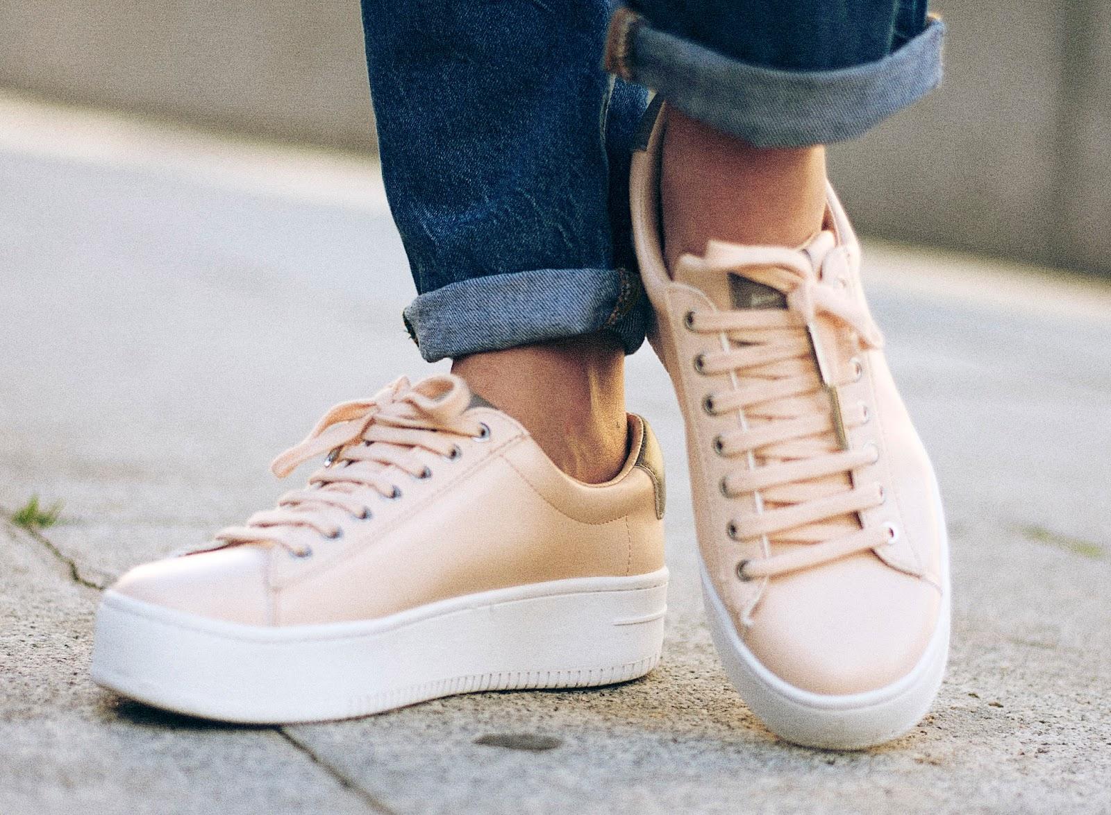 look sneakers