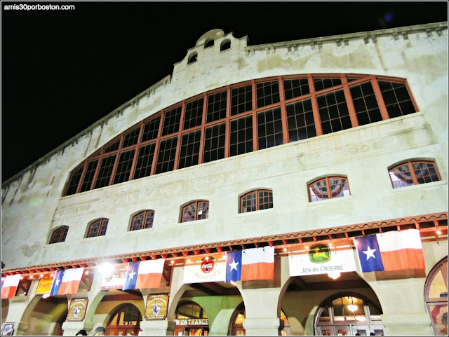 Fort Worth Stockyards: Cowtown Coliseum