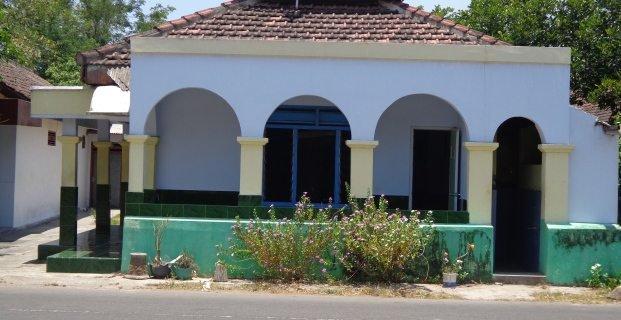 Sama-sama Untuk Beribadah, Tapi Ini Perbedaan Jauh Masjid Dengan Mushola