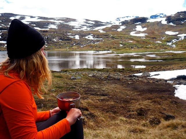 Kaše Nominal, Jotunheimen, příroda, trek, oběd, sušené ovoce mrazem