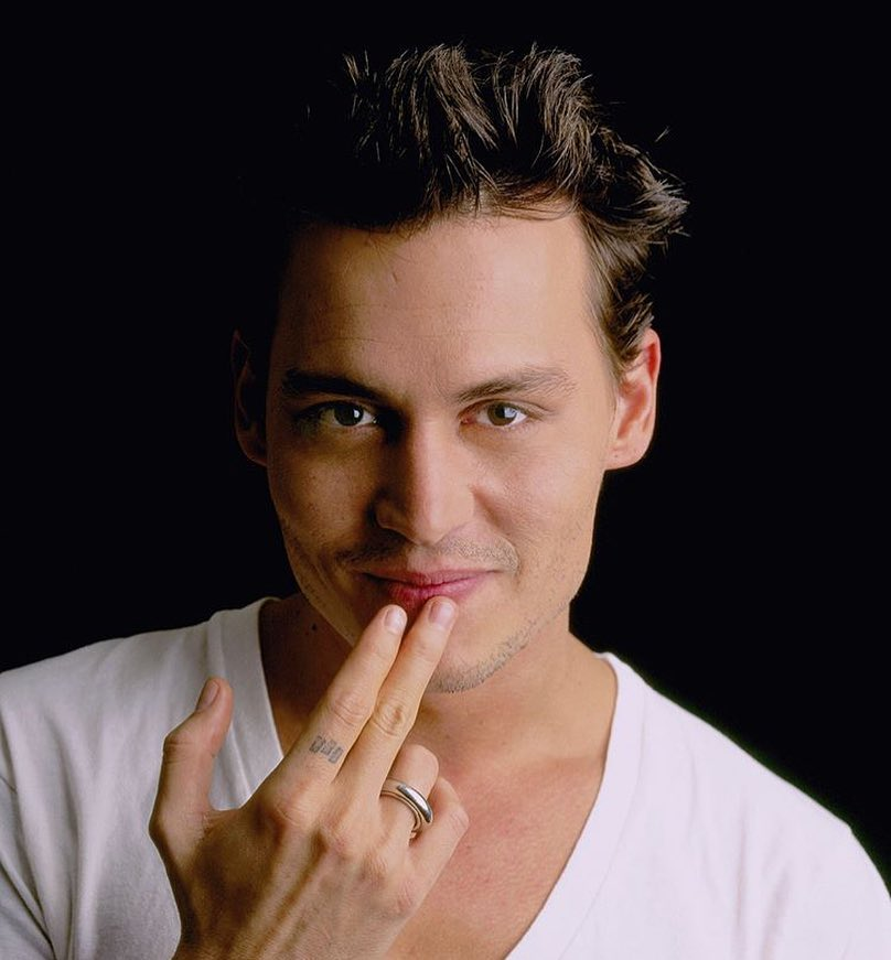Johnny Depp Photos | Johnny Depp Pictures | Johnny Depp Pics