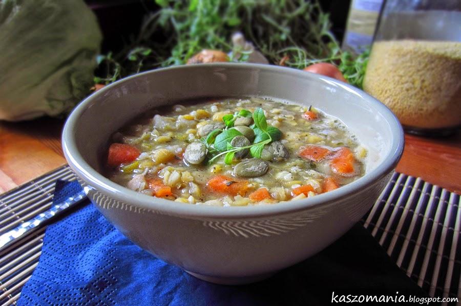 Zupa grochowa z kaszą jaglaną