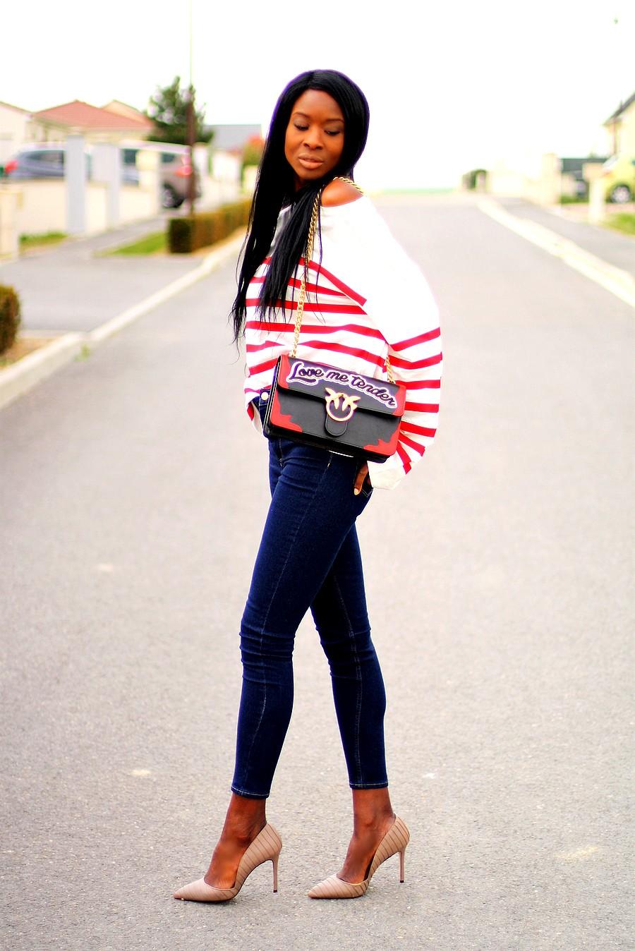 mariniere-rouge-jeans-look-chic-escarpins-nude