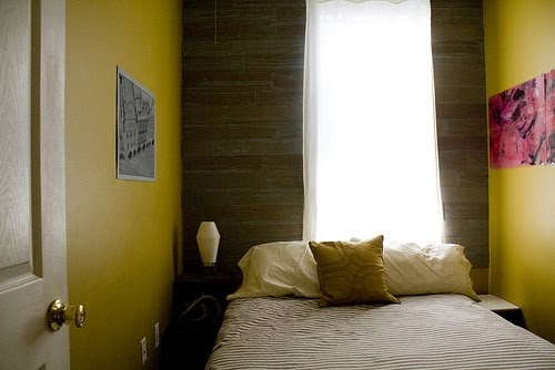 DECORATING A SMALL BEDROOM  HOW TO DECORATE A REALLY SMALL DORMITORY  BEDROOM DECORATING IDEAS