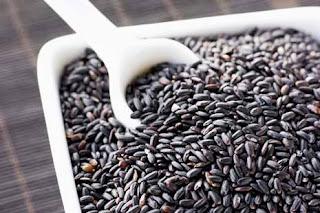 Berbicara mengenai nasi tentu kita sebagai masyarakat Indonesia tentunya lebih sering men 8 Manfaat Nasi Hitam Untuk Kesehatan