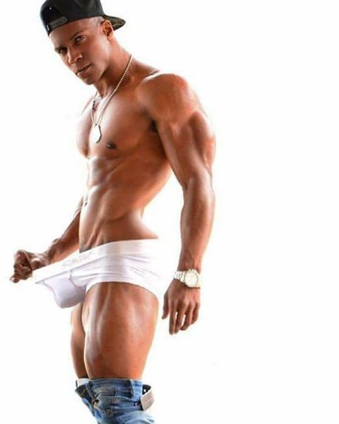 Gaycastings gay casting agent pounds aaron perez 4