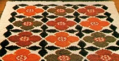 Tappeti Fai Da Te Stoffa : Professione donna: fai da te: il tappeto con i nodi