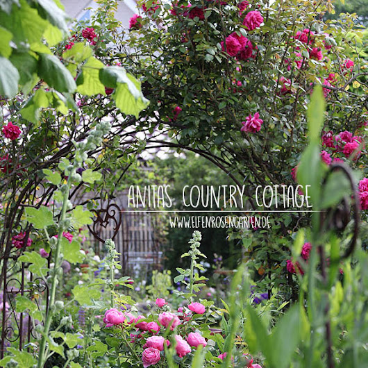 Im Country Cottage Garden