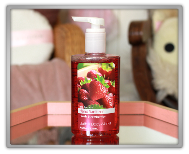 Bath and Body Works Summer Haul Review beauty girly fruity  anti bacterial hand sanitizer fresh strawberries beauty blog blogger