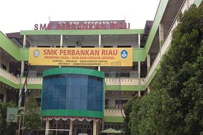 Lowongan Kerja Pekanbaru SMK Perbankan Riau Agustus 2018