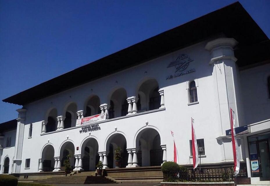 travelplusindonesia  Rayakan Hari Filateli Berkunjung ke Tiga Gedung ... 3aa47cc748