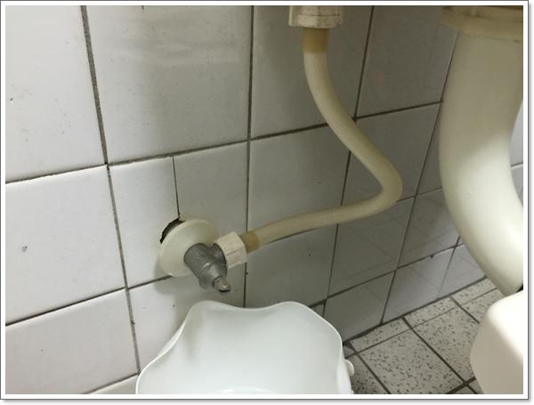 【水箱·馬桶】換馬桶水箱 – TouPeenSeen部落格