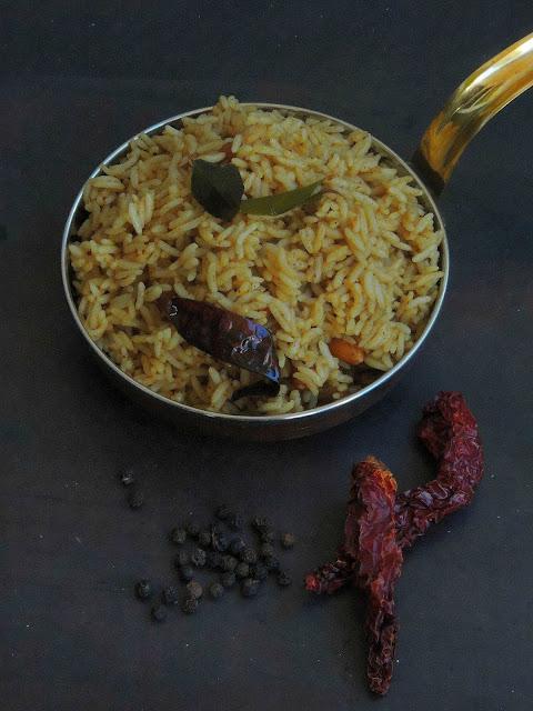 Pepper tamarind rice, Miriyam Pulihora, Milagu Puliyodharai