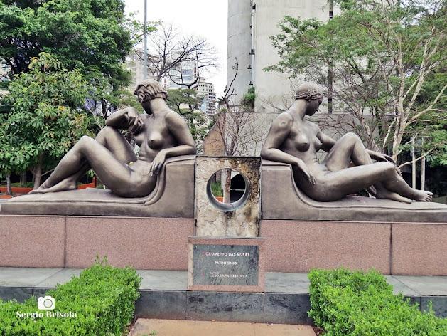 Close-up do Monumento às Musas da Escultura e da Engenharia - Itaim Bibi - São Paulo