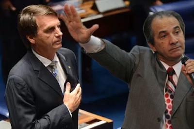 """Malafaia diz que saída de Jair Bolsonaro do PSC será """"um tiro na cabeça"""""""