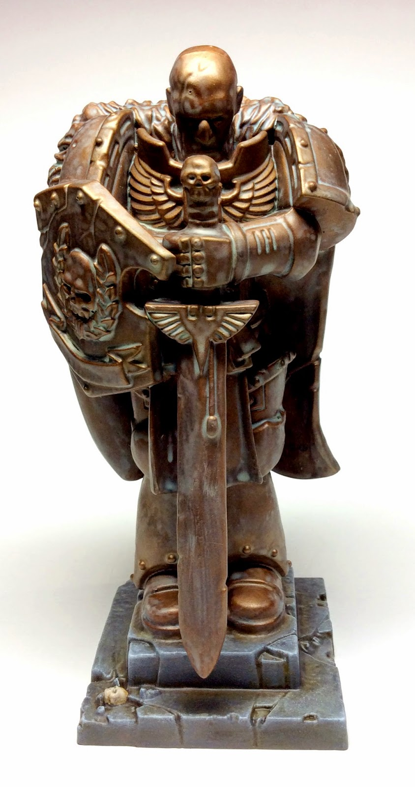 Honored Imperium Space Marine Statue Front