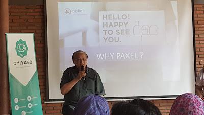 Bp.Djohari sedang membagikan  pengalamannya dalam memulai usaha ekspedisi PAXEL. (Dok.Pri)