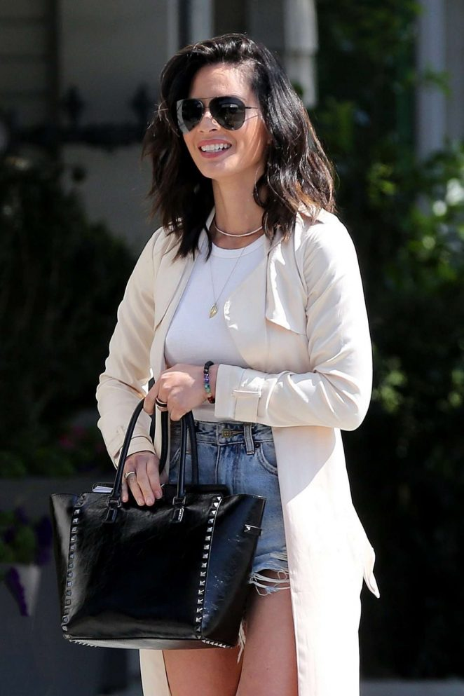 Olivia Munn Looks Hot in Denim Shorts