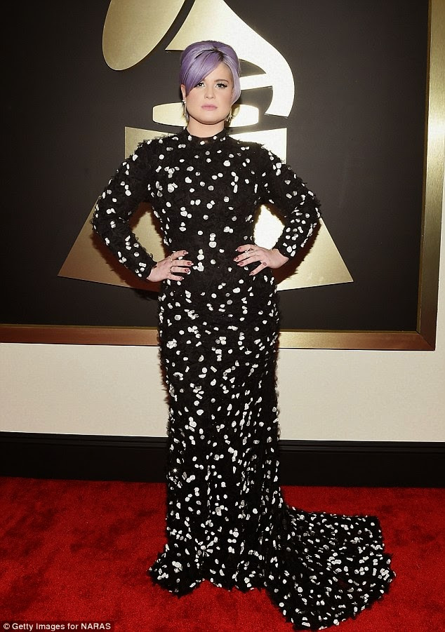 Kelly Osbourne in Black and white Christian Siriano