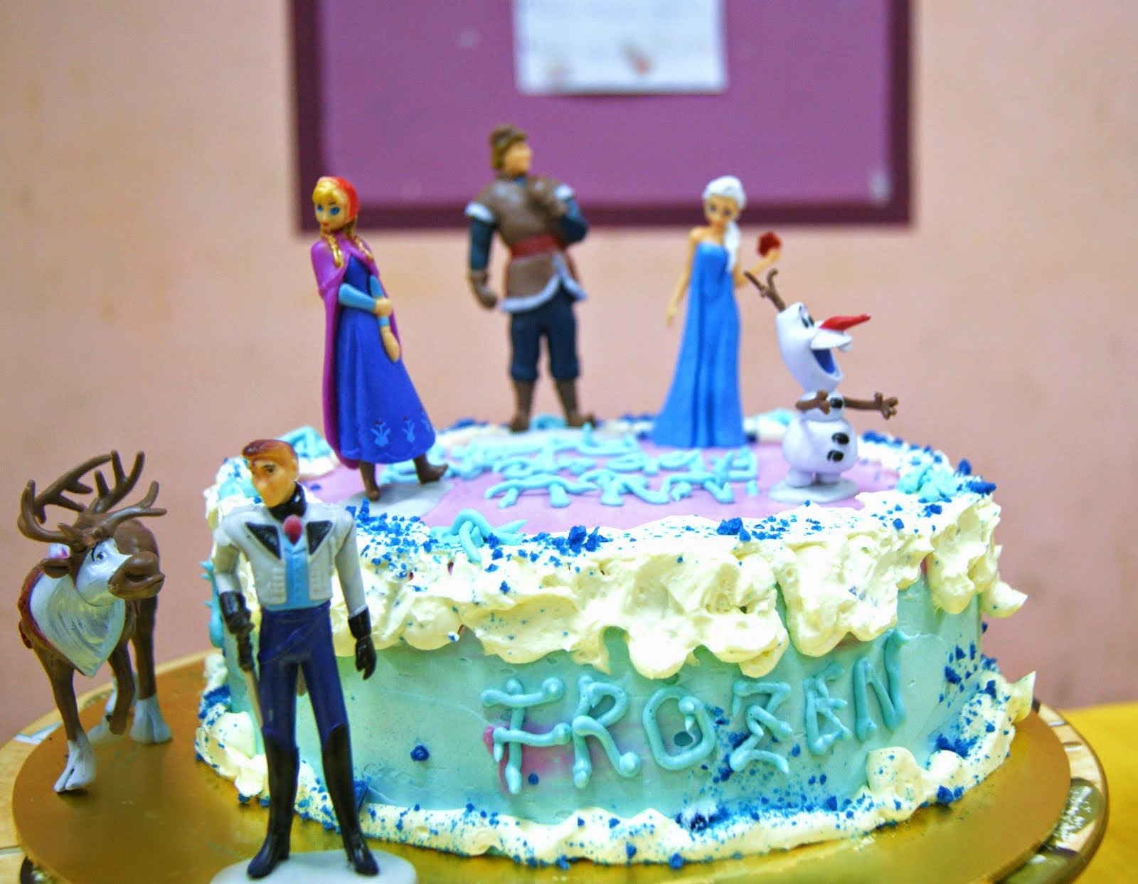 Frozen Theme Cake