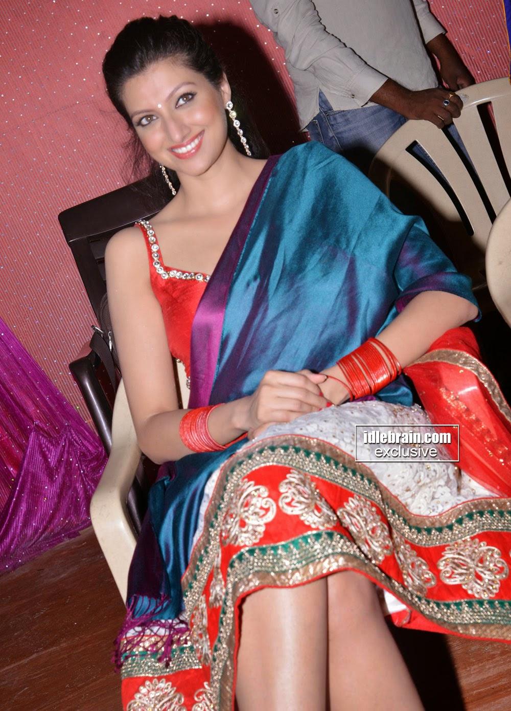 Actress Hamsa Nandini Hot Navel Pics Stills On The Sets Of -5072